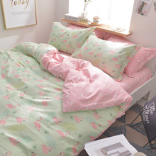 Комплект постельного белья Маленькие фламинго (полуторный) оптом (код товара: 45277)