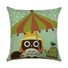 Подушка декоративная Звери под зонтом 45 х 45 см оптом (код товара: 45938)