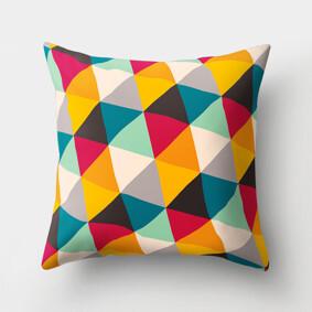 Подушка декоративная Разноцветные треугольники 45 х 45 см (код товара: 46379): купить в Berni