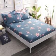 Простынь на резинке Фламинго и цветы 180x200+25 см (код товара: 47785)