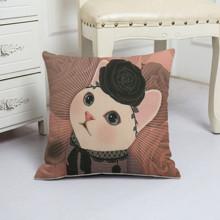 Подушка декоративна Міс кішка 45 х 45 см оптом (код товара: 48071)