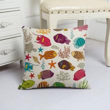 Подушка декоративная Морские рыбки 45 х 45 см (код товара: 48030)
