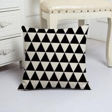 Подушка декоративная Треугольники 45 х 45 см (код товара: 48081)