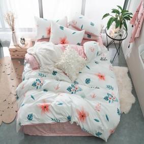 Уценка (дефекты)! Комплект постельного белья Тропический цветок (двуспальный-евро) (код товара: 48701): купить в Berni