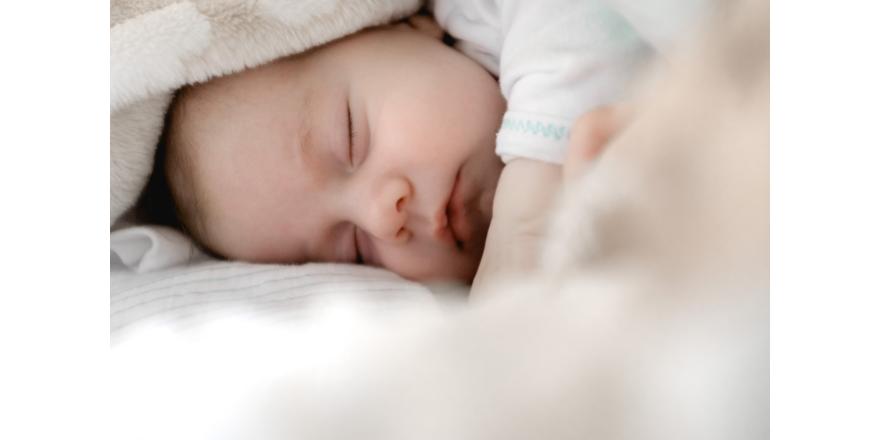 Как уложить спать новорожденного? Практические советы для мам