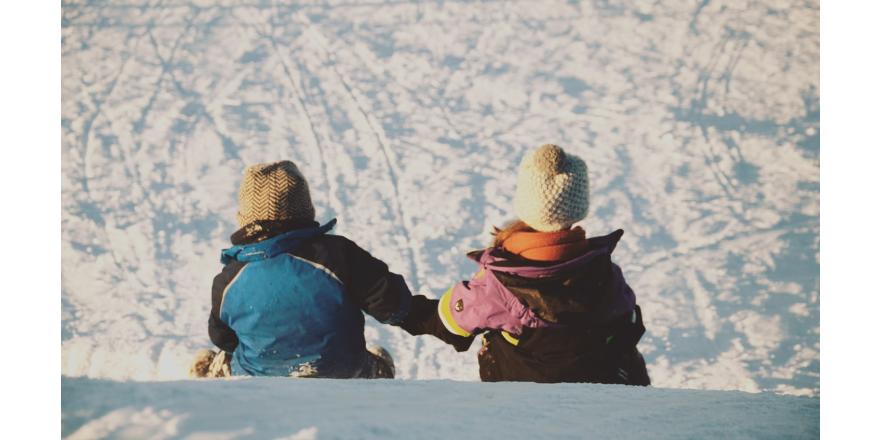 Правила выбора зимней верхней одежды для новорожденного малыша
